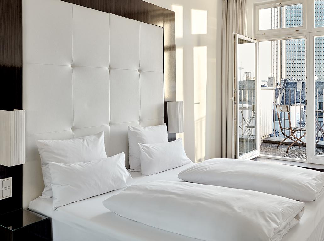 thepure-frankfurt-rooms