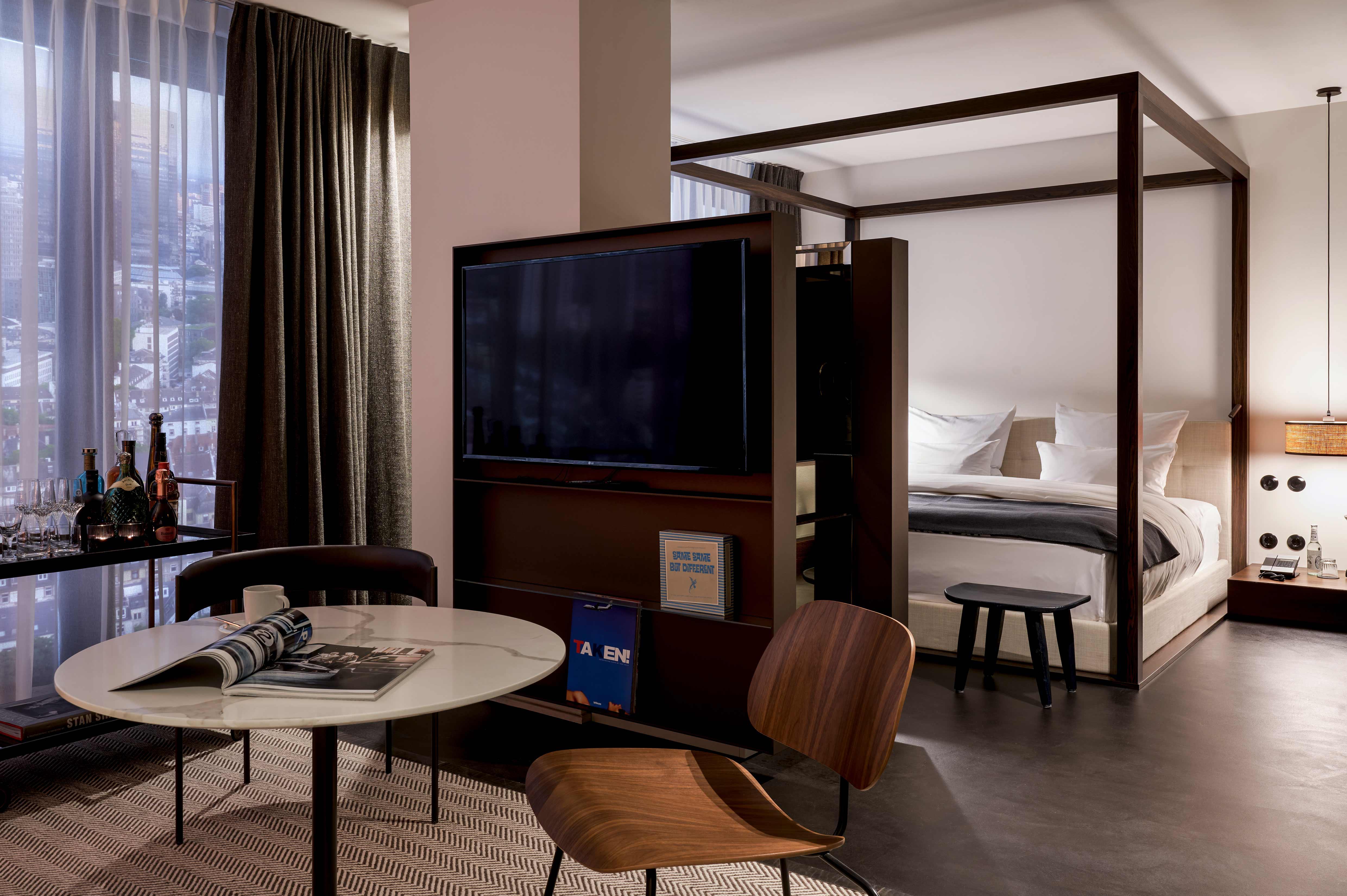 Roomers ParkView Frankfurt Room